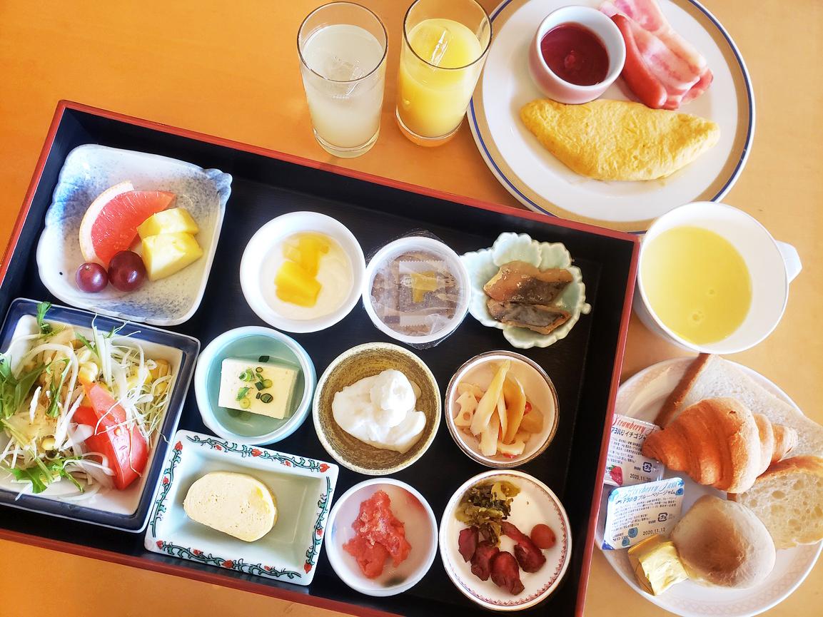 空港 朝食 福岡