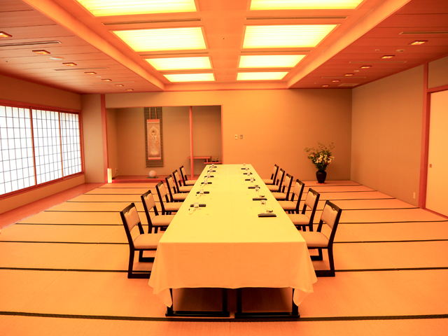 和宴会場 「れんげ」 6階