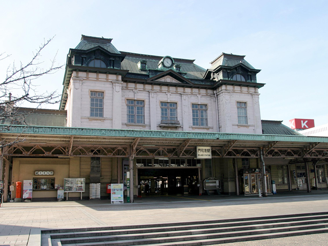 門司港駅(昼)