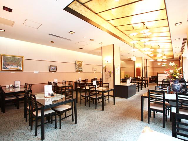 レストラン 彩(あいろ)